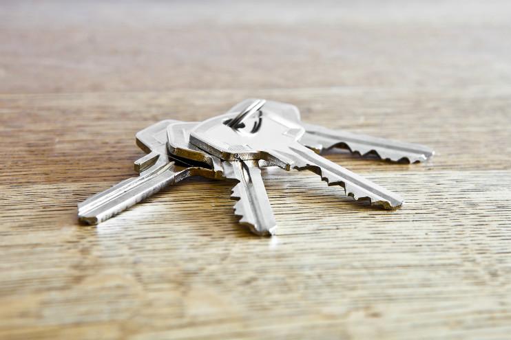 Die Eintrittskarte für das neue Zuhause aus: Die Wohnungsschlüssel. Oft wissen Mieter gar nicht, wie viele ihnen zustehen und ob sie noch weitere verlangen können.